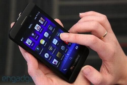 黑莓 旗舰手机 Z10 美国销售