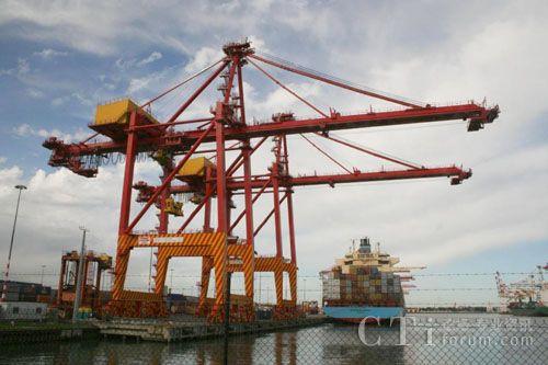 华为eLTE解决方案助力APM Terminals公司在鹿特丹港口部署欧洲港口行业第一张LTE无线网络