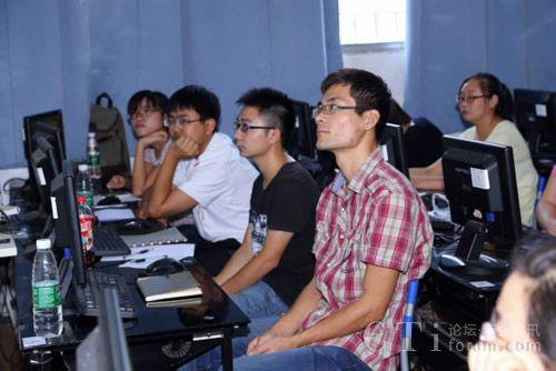 """华为第一期""""企业网络架构""""实训项目成功举办"""