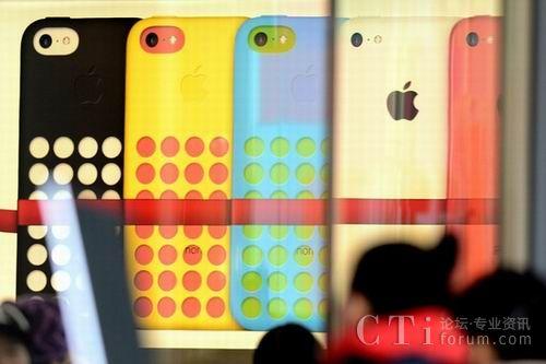 苹果今年计划推出大屏iPhone