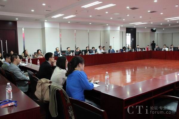 CTI论坛组织参观北京联通呼叫中心亦庄园区坐席职场