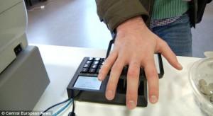 刷手付款!非接触式支付被试用于瑞典