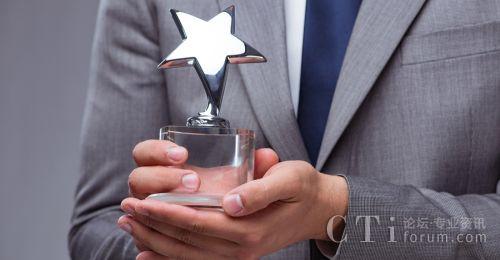 维音产品荣获2018《客户》杂志年度最佳产品奖