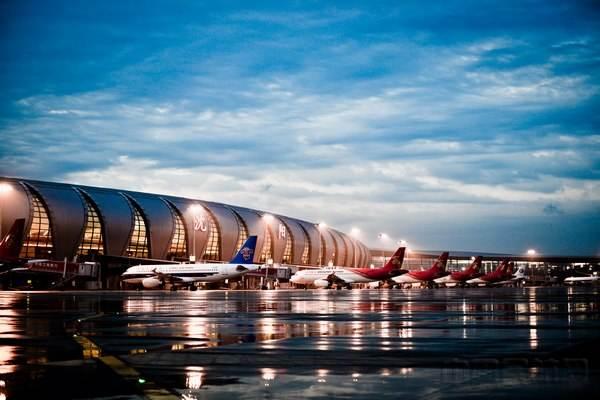 上海业奥助力沈阳仙桃机场客服热线快速搬家